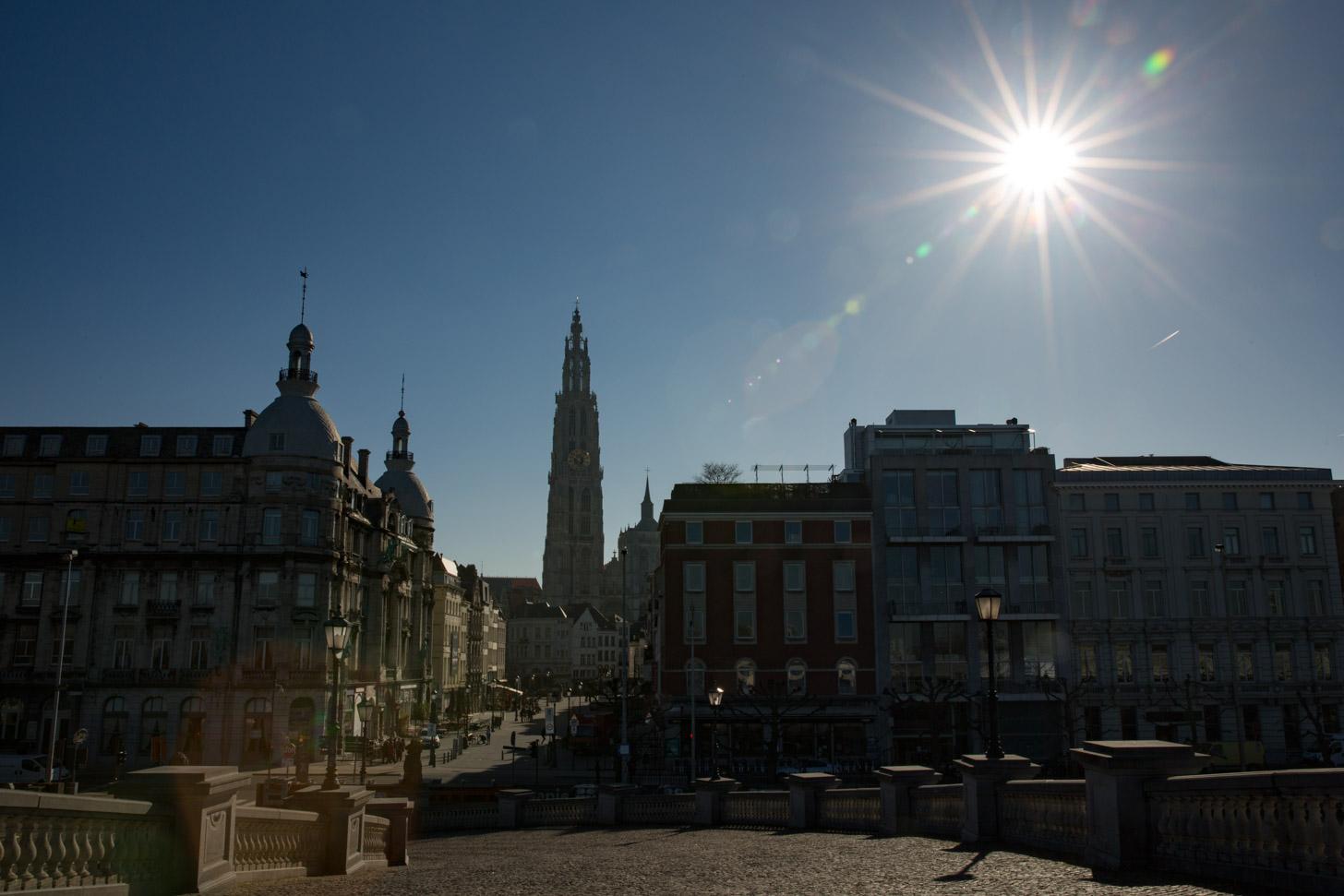zon in Antwerpen